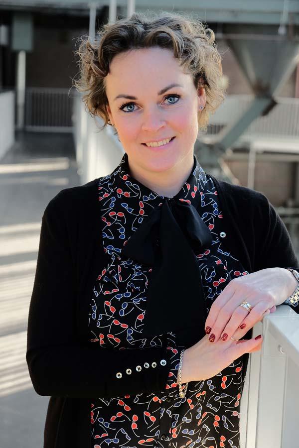 Angelique van Velzen - Schakenraad