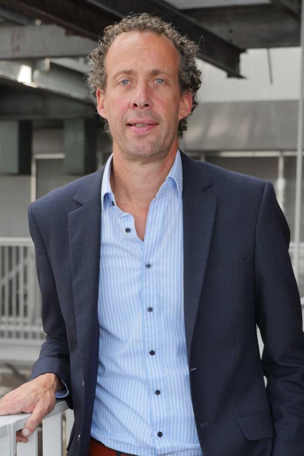 mr. Bart van Onna