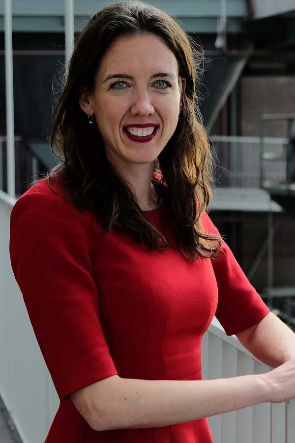 frk. Suzanne van Loon